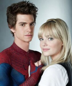 Peter Parker (aka Spider Man) and Gwen Stacy. The Amzing Spiderman. Copyright Columbia Pictures and Marvel Entertainment.