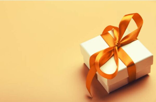 Gift image for blog article - celebrating Gift Giving Superstars.